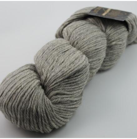 Cascade 220 Heathers, 8401 Silver Grey